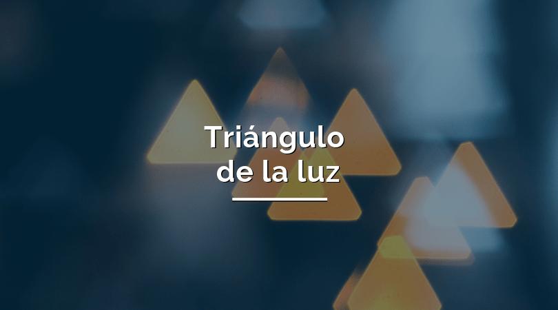 qué es el triángulo de la luz